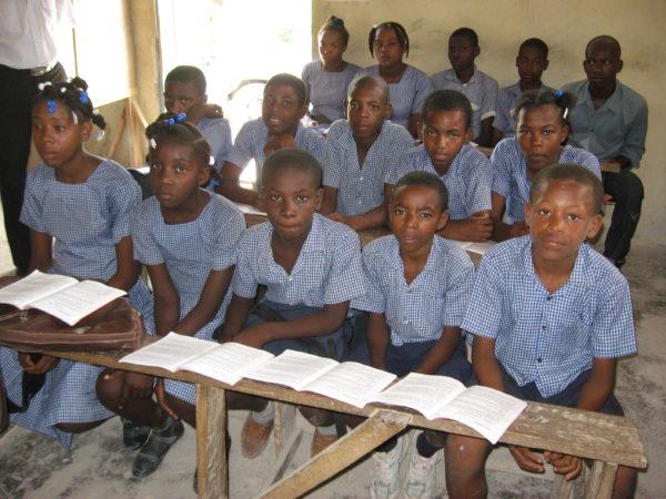 [:en]More Creole in classroomsPlus de créole dans les salles de classe